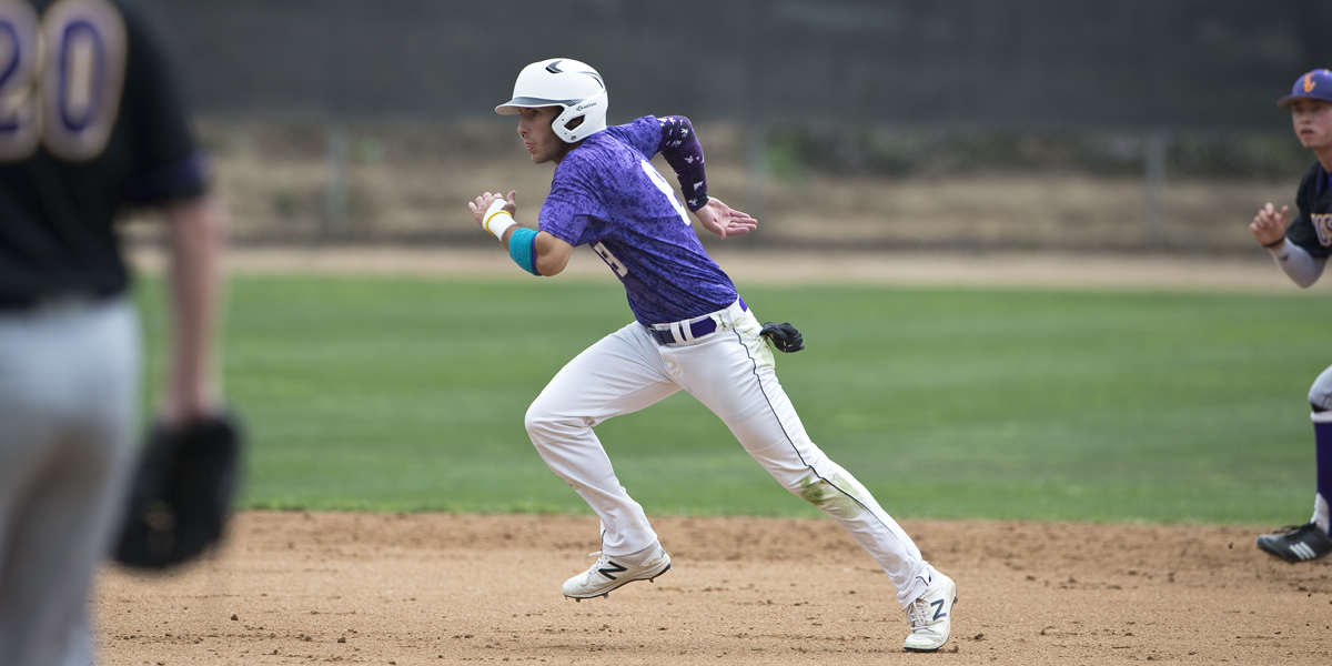 Baseball ends Spring Break with split against Pacific