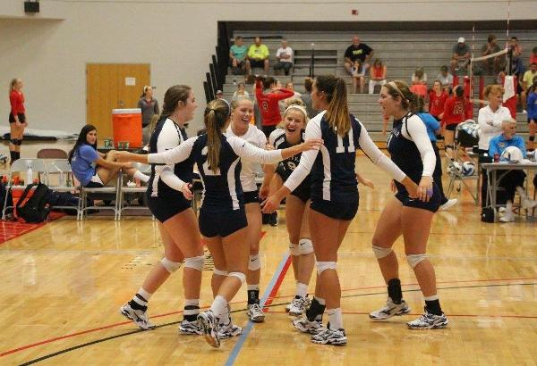 Volleyball Drops Final Games In Florida