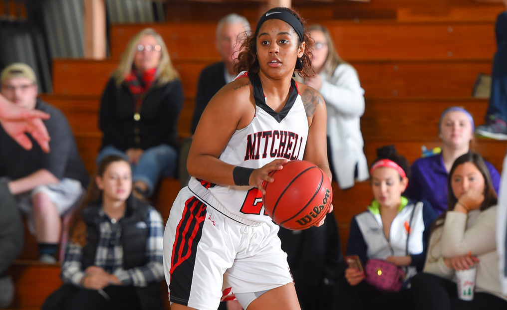 Late Three by Jones Pushes WBB Past Becker