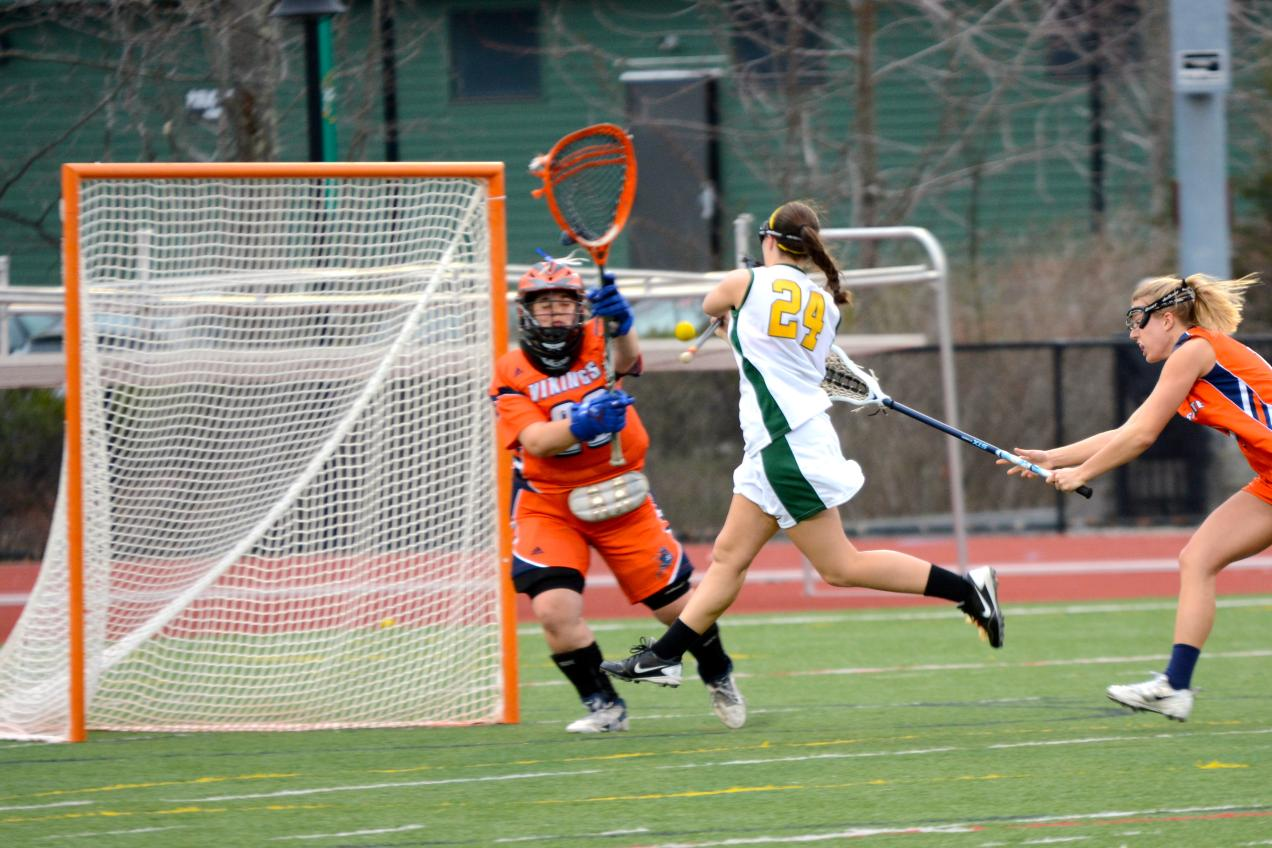 Fitchburg State Powers Past Elms, 18-8