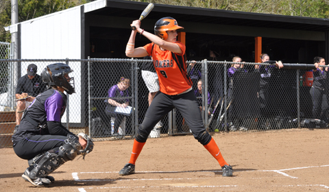 Four Run Seventh Inning Propels Softball Past Hastings 4-3
