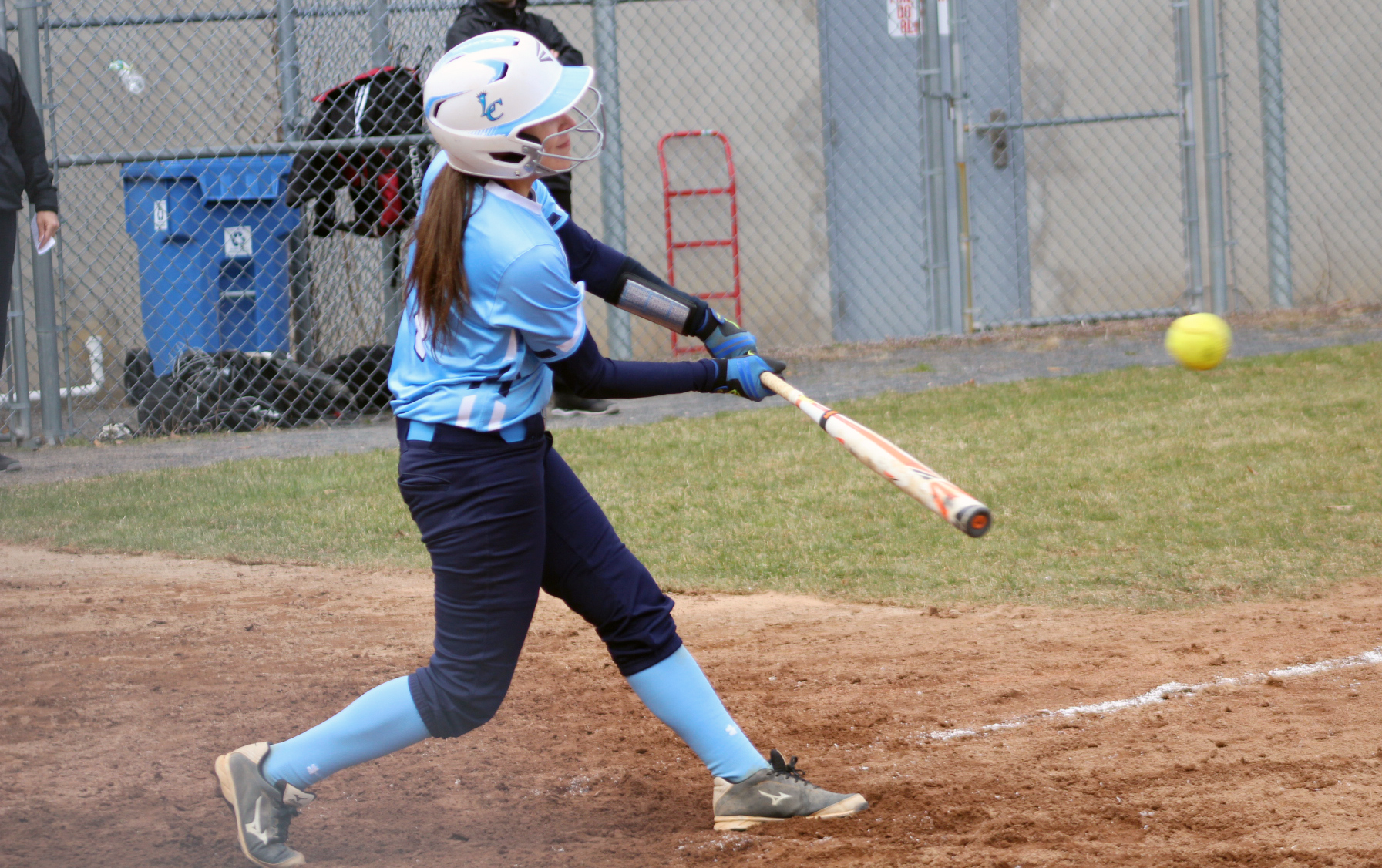 Lasell Softball splits doubleheader with Simmons