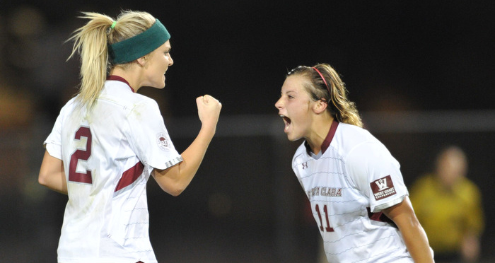 Women's Soccer Wins Thriller in OT at Fresno State in Front of Over 4,000 Fans