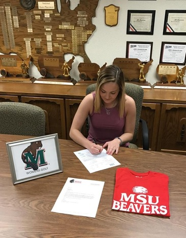 Lindsey Duben Signs Letter of Intent to Continue her Golf Career at MSU