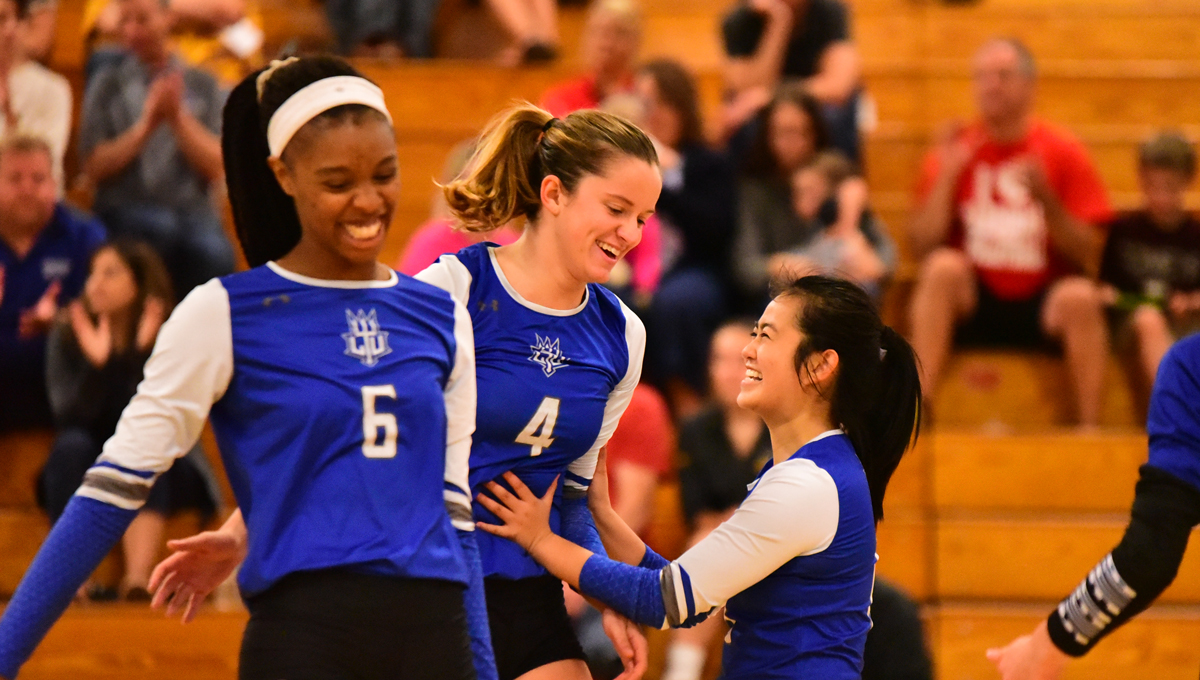 Women's Volleyball Makes it Six Straight with 3-0 Win over Concordia - Ann Arbor on Friday Night