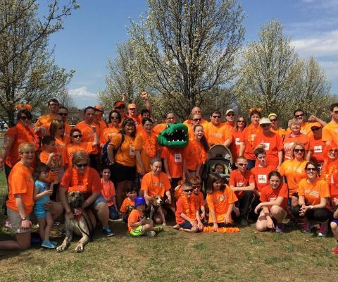Gators continue trend of giving back as they participate in MS Walk