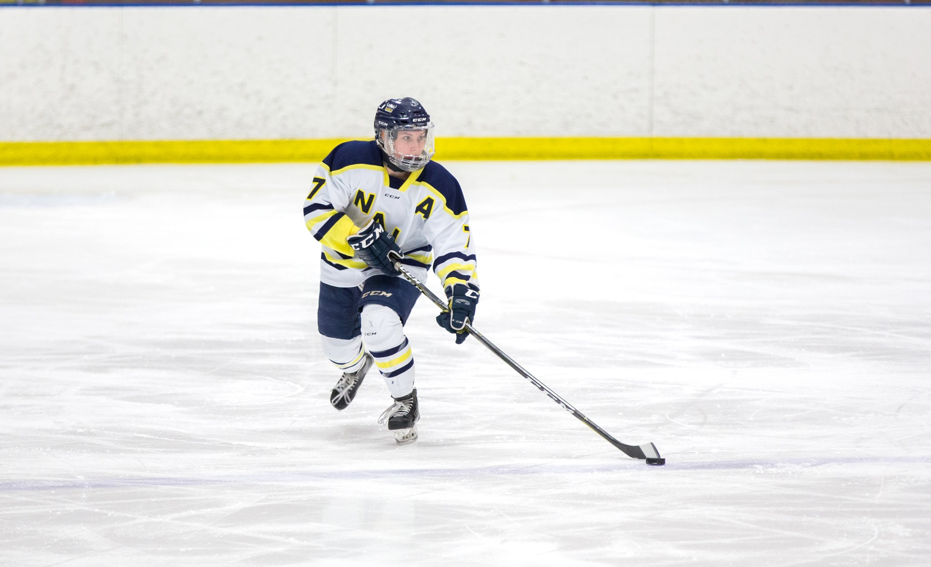 Ooks come from behind to defeat Trojans 2-1
