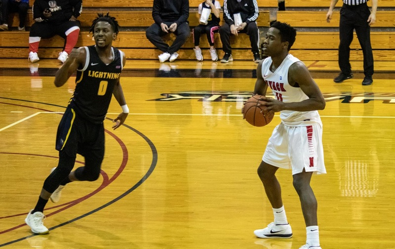 Men's Basketball Loses Heart Breaker to USciences on the Road