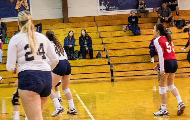 Warriors Volleyball Wins First Game of the Season Against Queens College