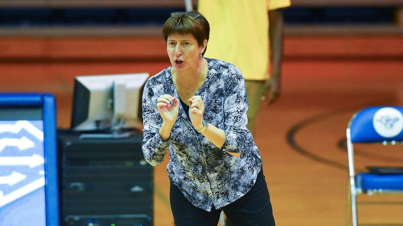 Linda Sagnelli Named ECAC Division I Volleyball Coach of the Year