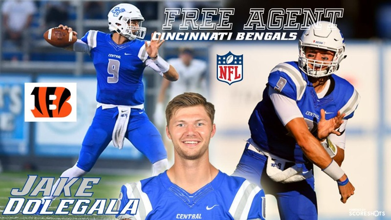 Jacob Dolegala Signs as Free Agent With Cincinnati Bengals