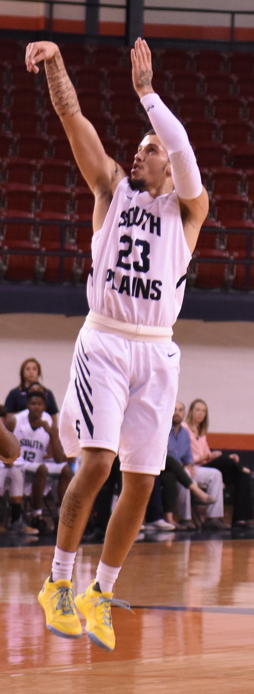 Brangers' career-high 38 points leads Texans past NMMI 108-69 Thursday night