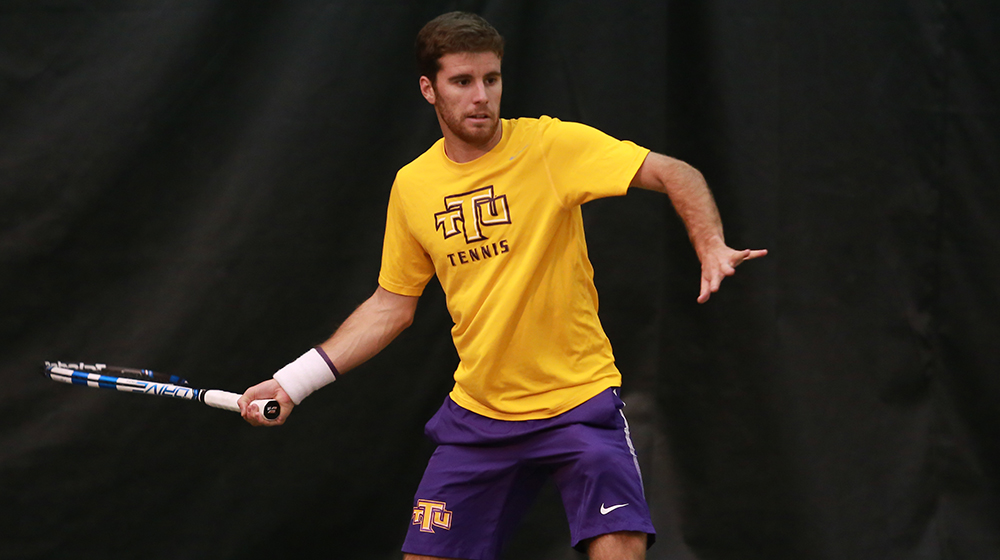 Golden Eagles bested in both matches of a doubleheader in Louisiana