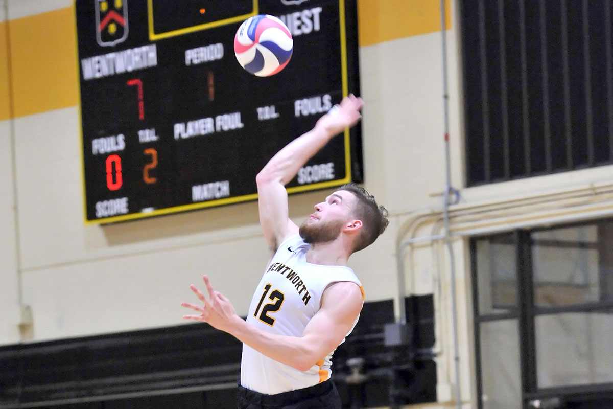 Men's Volleyball Powers Past Lasell