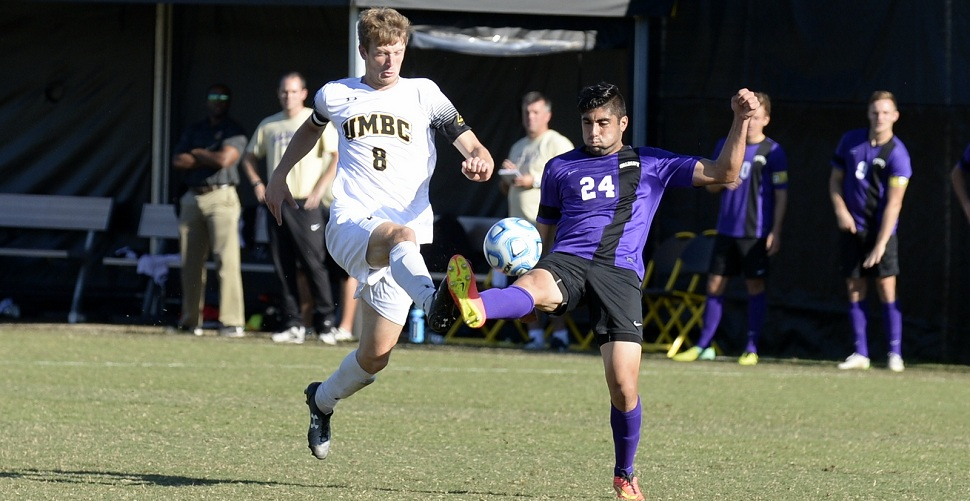 Men's Soccer Hosts Strong Navy Side in Tuesday Evening Action