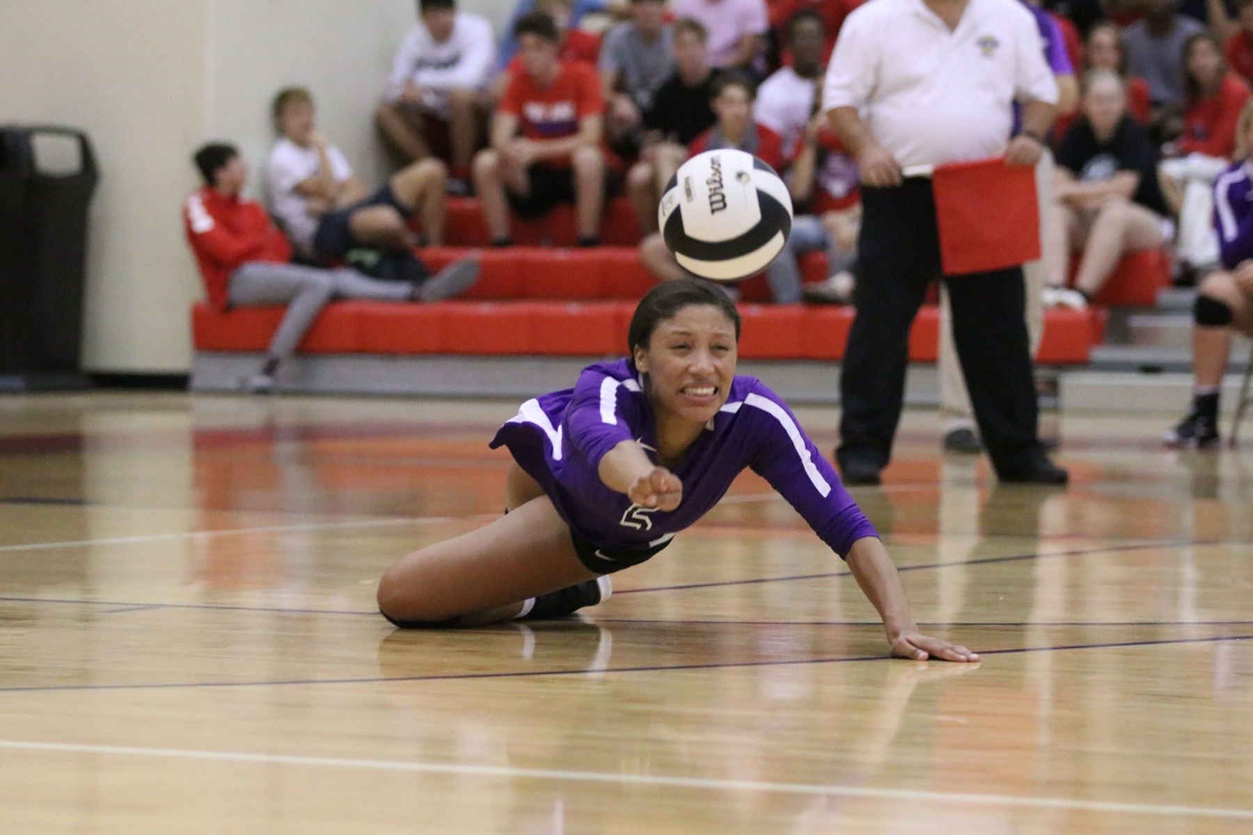 Volleyball Competes at Brebeuf Invite