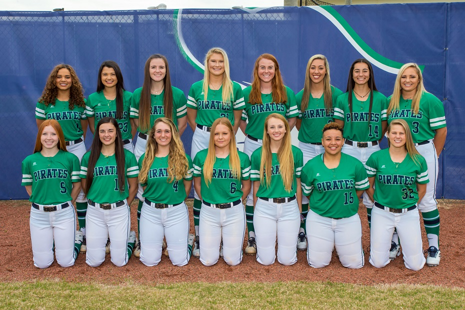 Softball Closes Out Season at Conference Playoff