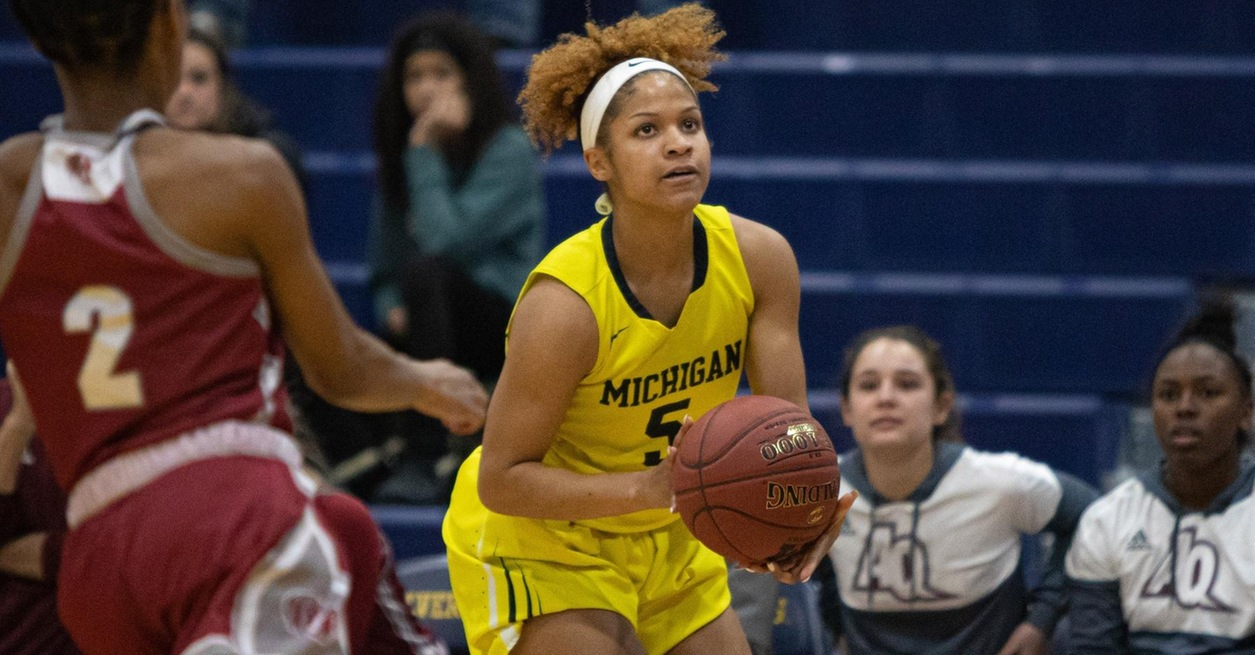 Late run leads UM-Dearborn to win at Rochester