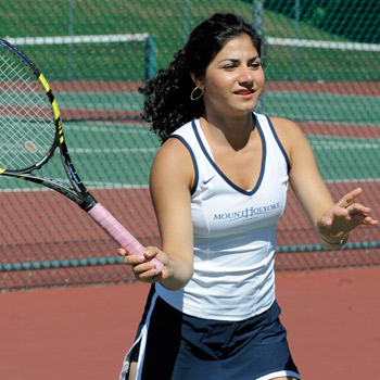 Tennis Stumbles Against Wheaton, 8-1