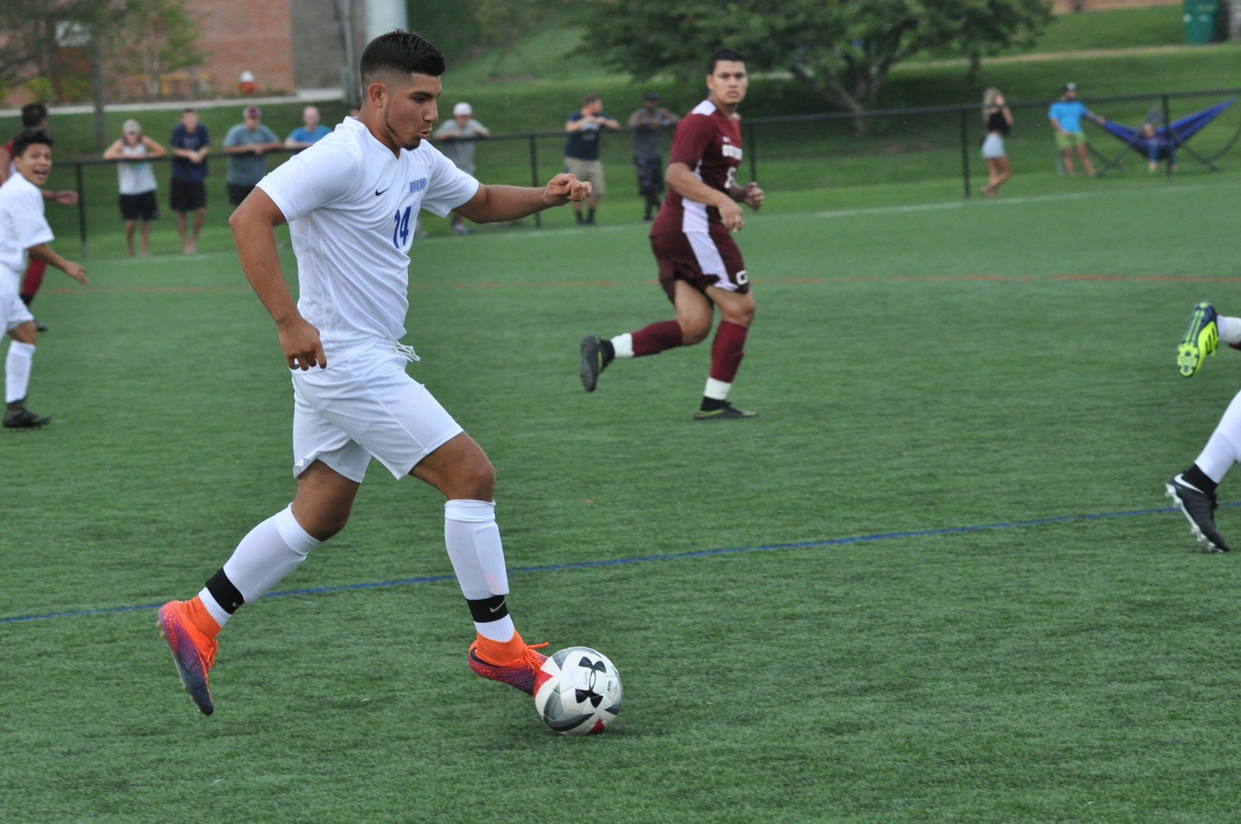 Men's soccer looks to bounce back in weekend matches
