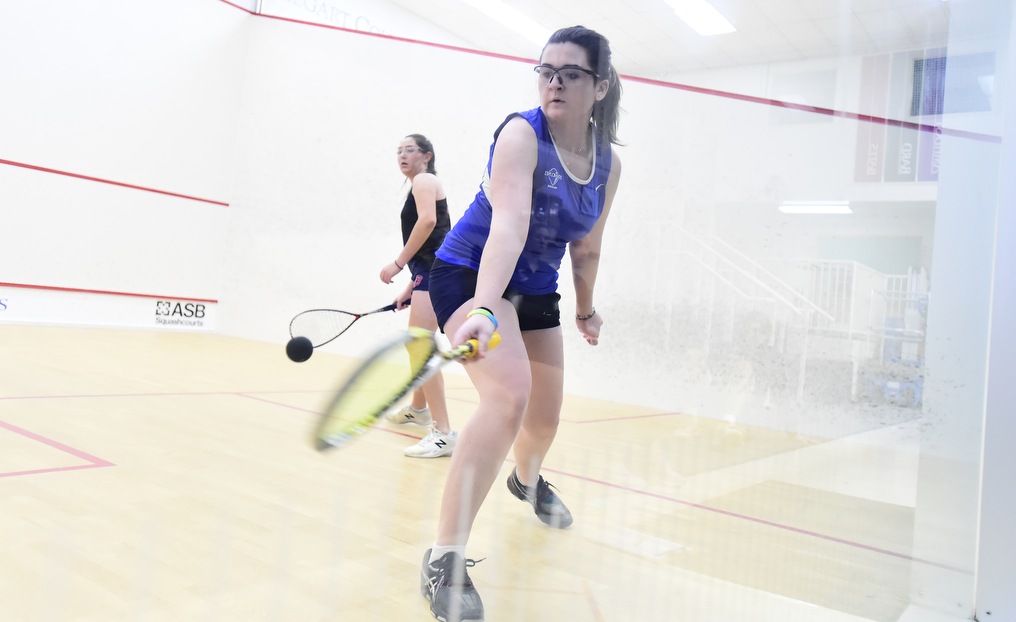 Women's Squash Edges Dickinson