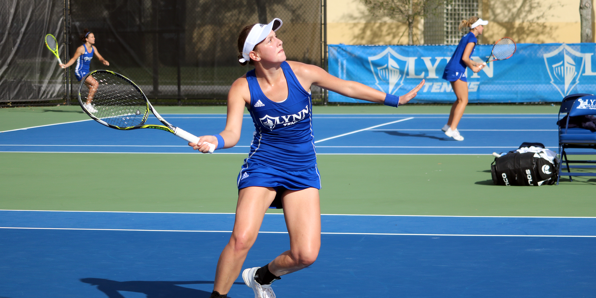 Women's Tennis Soars over No. 3 Keiser