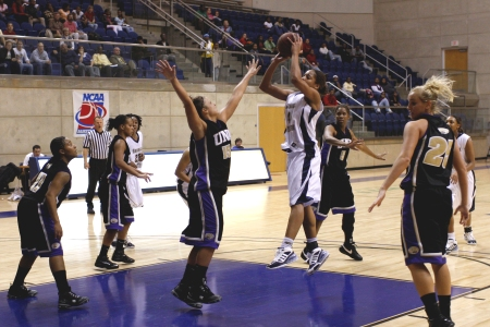 Lady Hurricanes upset of #20 USC Aiken falls three points short