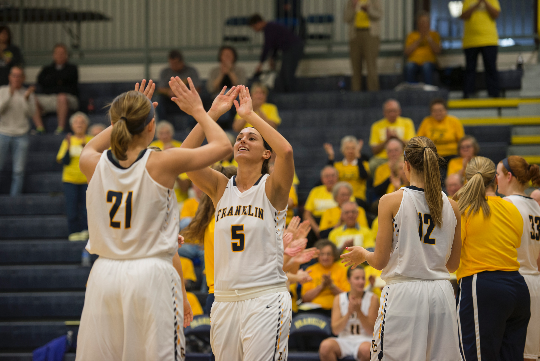 Women's Basketball Welcomes in Trine on Wednesday