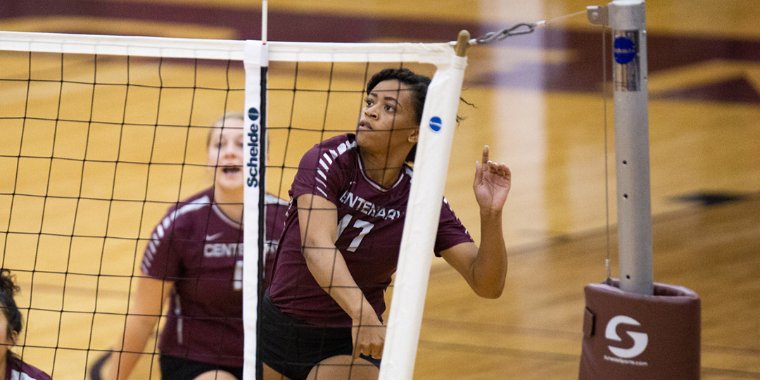 Ladies Volleyball Splits against Colorado Teams