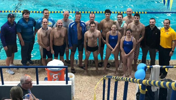 Swimming & Diving alumni that returned to campus for the Blue & Gold/Alumni Meet