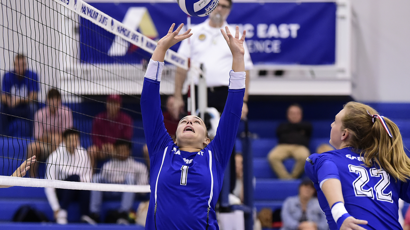 Women's volleyball defeats Marlins, Lions to finish Marymount Invitational undefeated