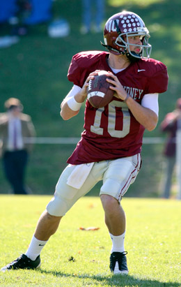Hampden-Sydney quarterback Travis Lane