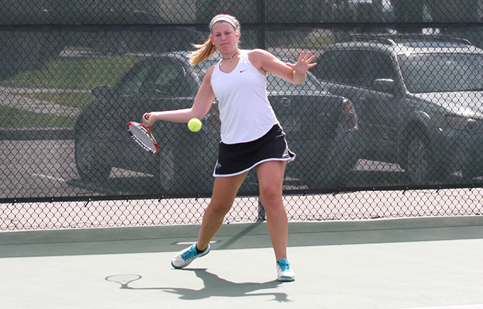 Eight Earn Victories, Women's Tennis Downs Franklin Pierce in NE10 Play