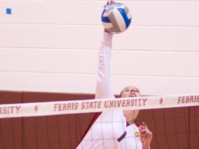 Katie Edwards posted eight kills, but Ferris State fell 3-1 to California (Pa.) Saturday afternoon.