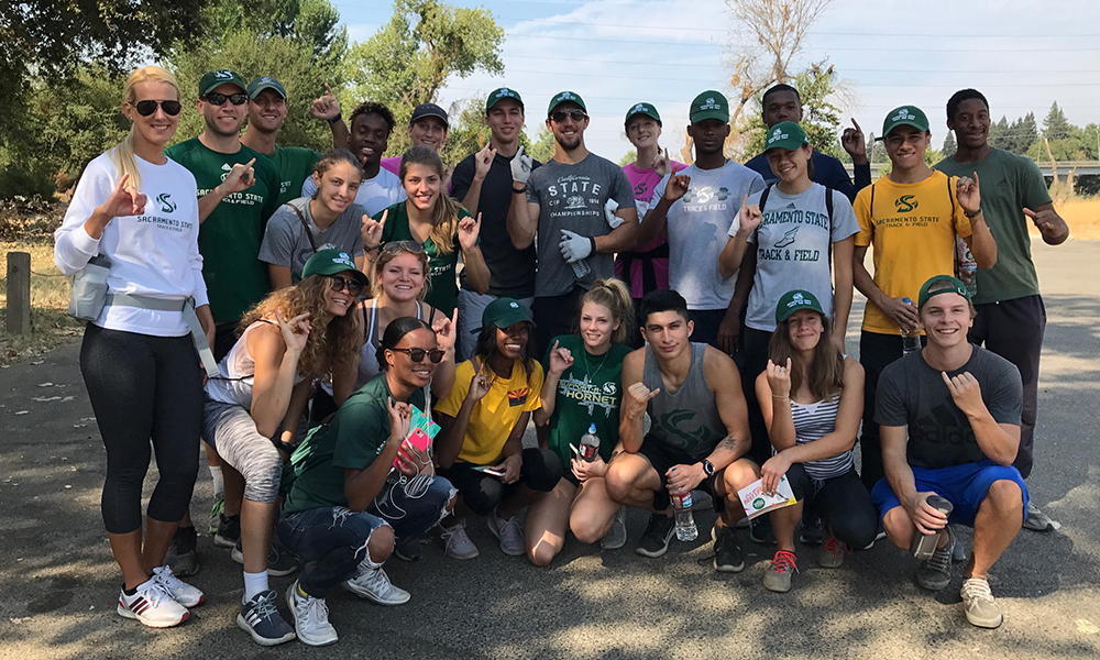 TRACK  & FIELD/CROSS COUNTRY TAKES PART IN PAIR OF COMMUNITY SERVICE PROJECTS