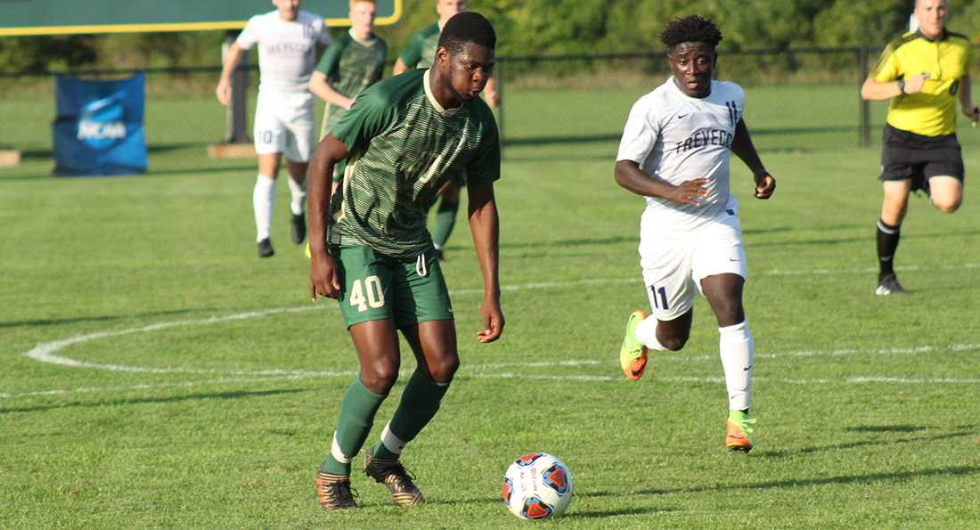Ramiesh McKnight scored the dramatic game winner on a header with 7 seconds left for the 3-2 victory over the Trojans.