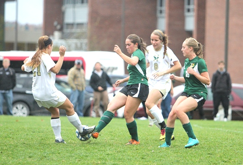 Husson remains unbeaten in NAC play