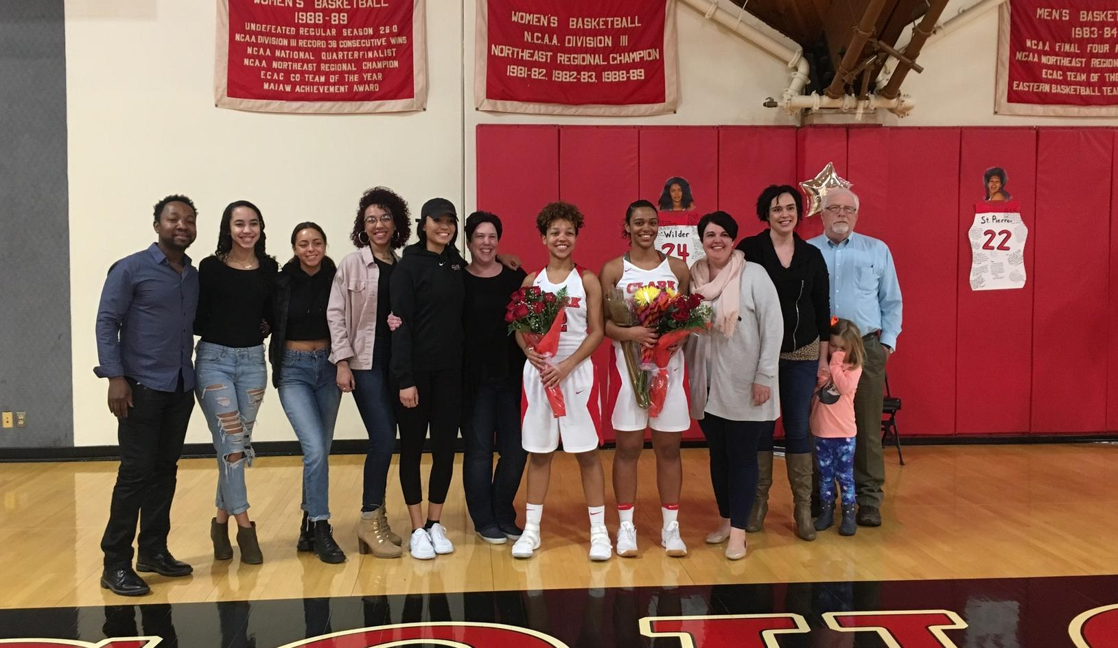 Women's Basketball Edged by WPI on Senior Day