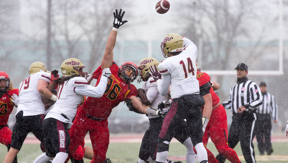 Ferris State Football Opens Division II Playoffs With Big Win Over Midwestern State