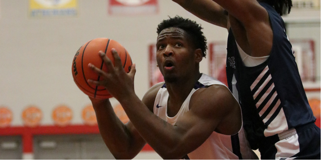 Boys Basketball Falls to Nationally Ranked, La Lumiere