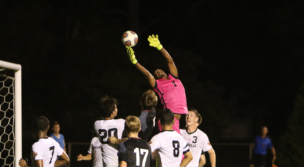 Men's soccer gains 2-0 shutout win over Millsaps