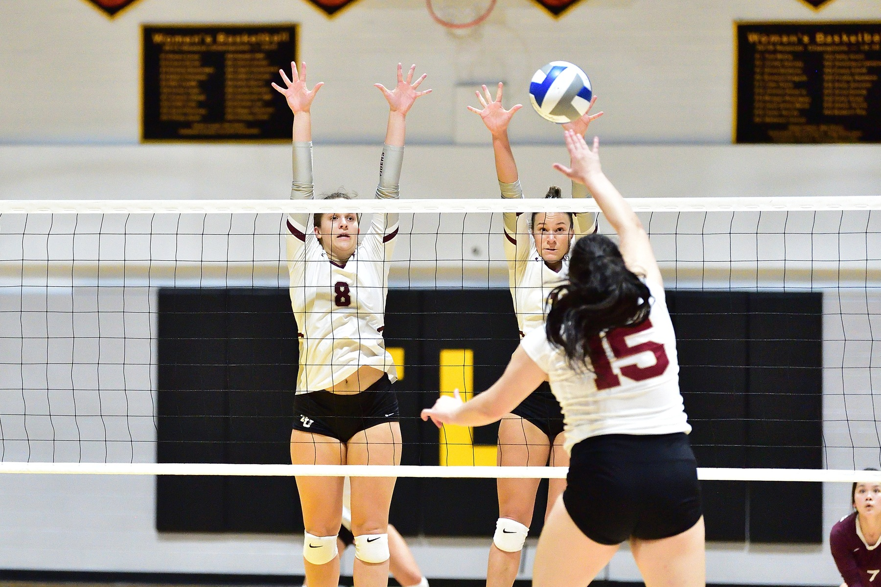 #7 Volleyball Reaches SCAC Final With Win Over Austin College