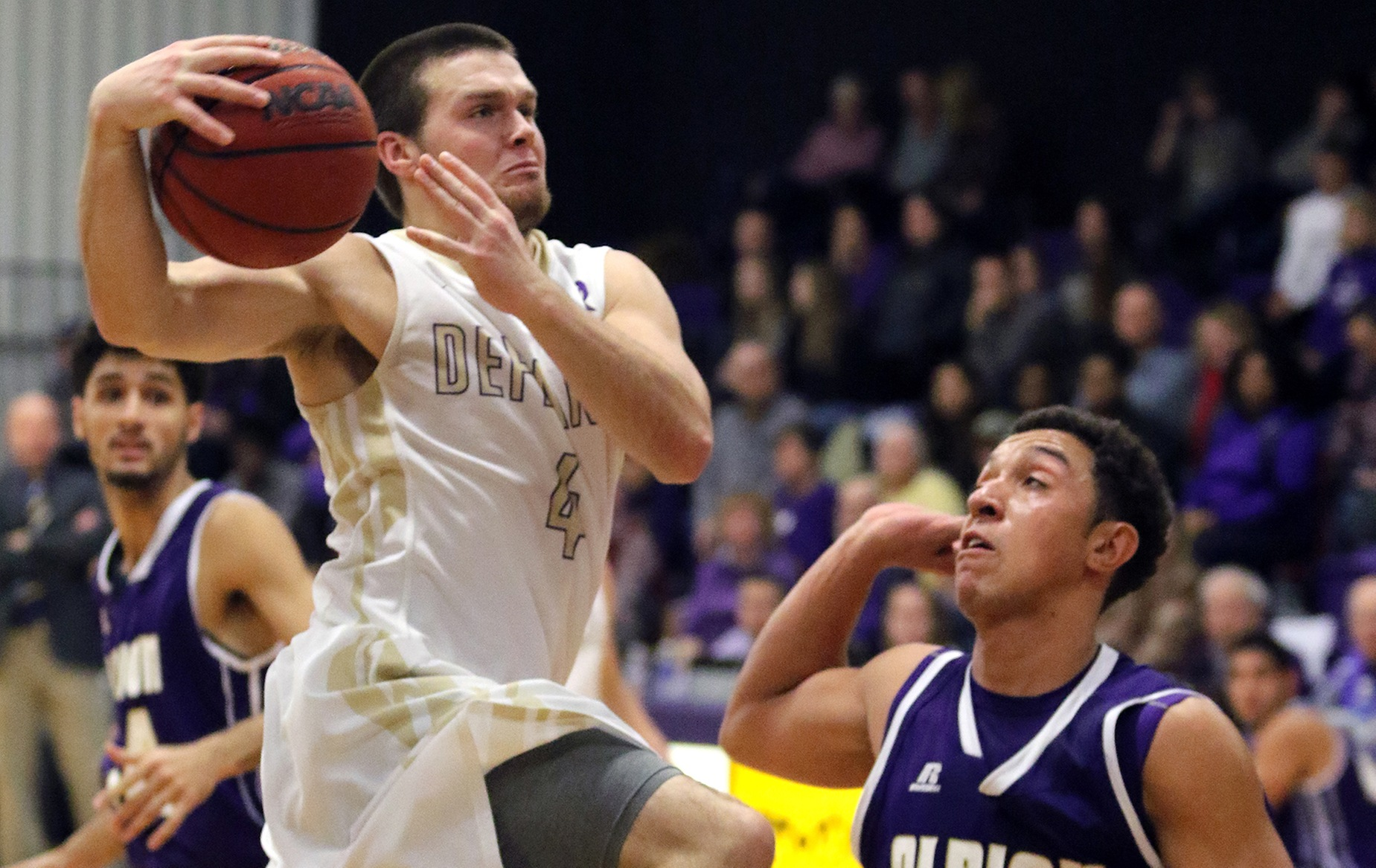 Men's Hoops Downs OSU-Lima in Home Invitational Opener