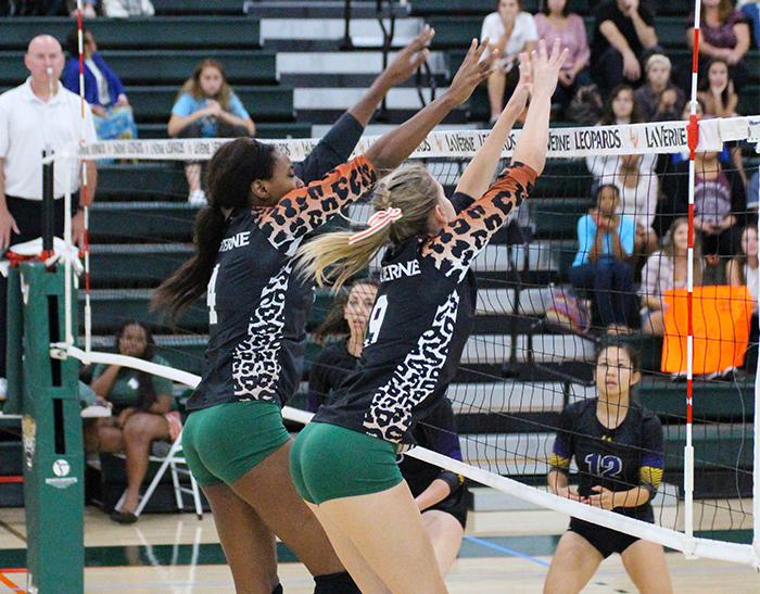 Robinson, Yaxley lead Volleyball past Whittier