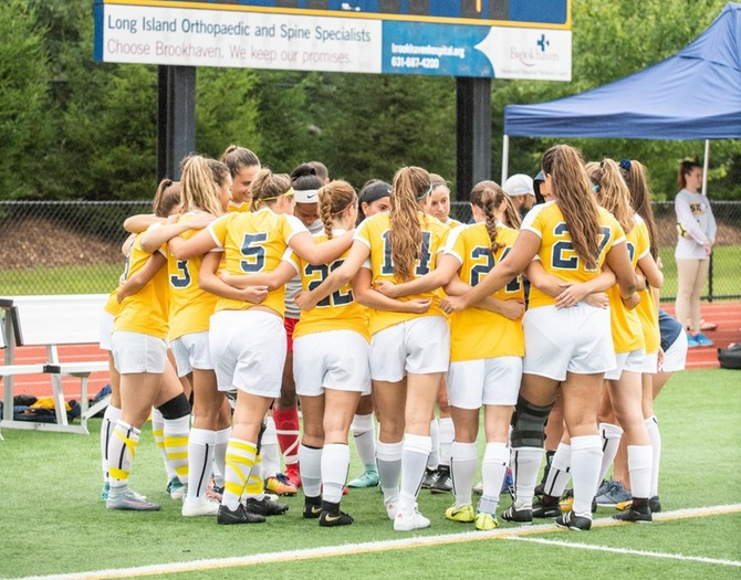Women's Soccer Closes Out Regular Season with 8-0 Win Over Maritime