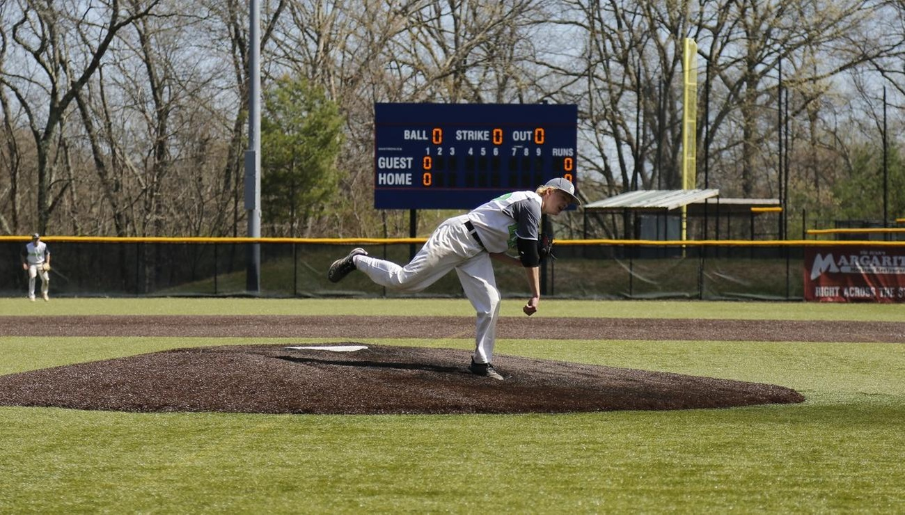 DePalma's Productive Day Can't Push Lynx Over Juniata