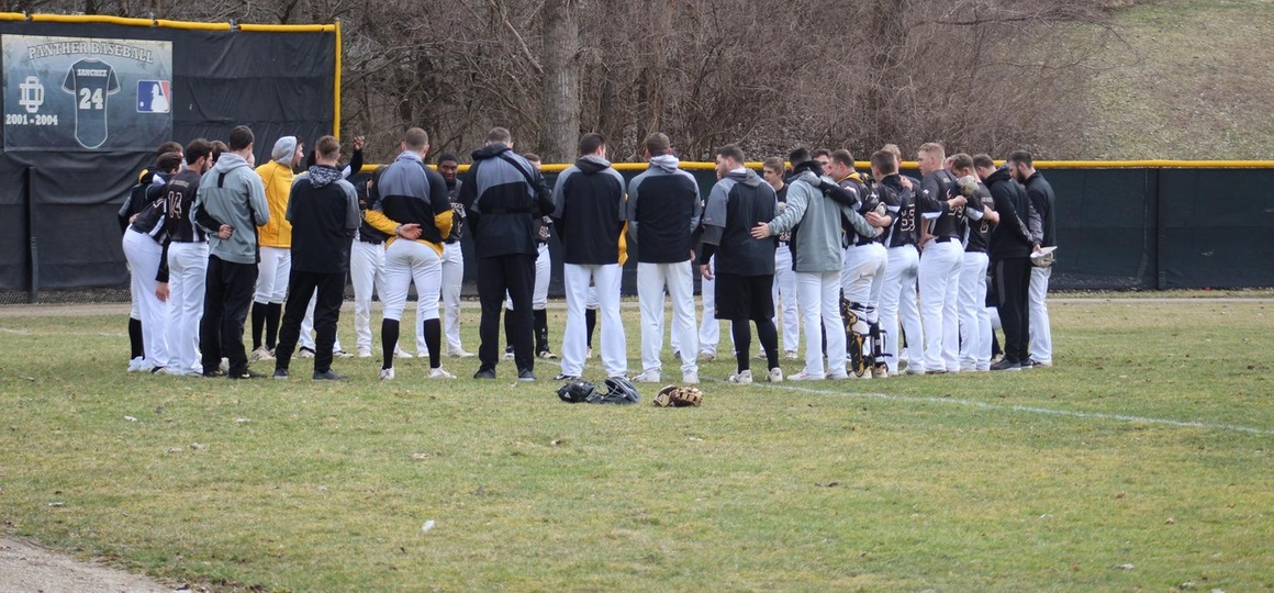 Baseball Secures G-MAC Tournament Bid With Sweep At Hillsdale