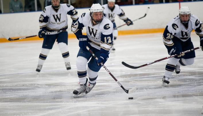 Men's Hockey Ends Night With Overtime Tie