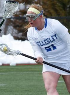 Late Surge Leads Mount Holyoke Lacrosse Over Wellesley