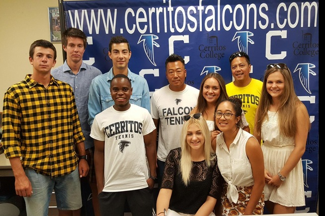 Falcon players join together for the quartet who signed their NLI.